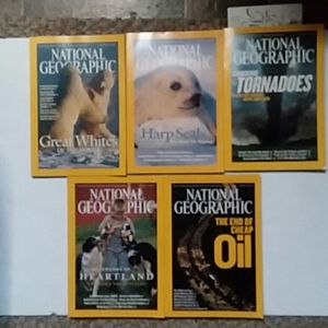 Vintage National Geographic issues 2004 EUC